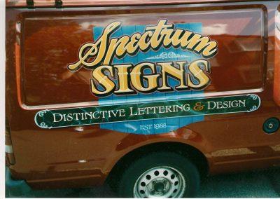 Spectrum Signs van sign